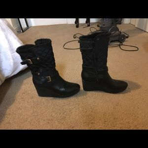 Guess gently worn wedge faux fur lined boots